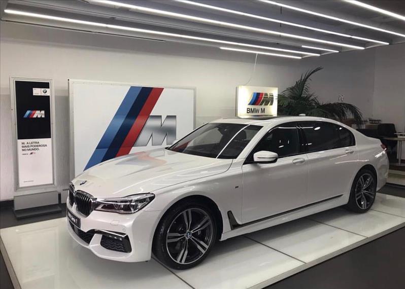 BMW 750LI 4.4 M Sport V8 32V