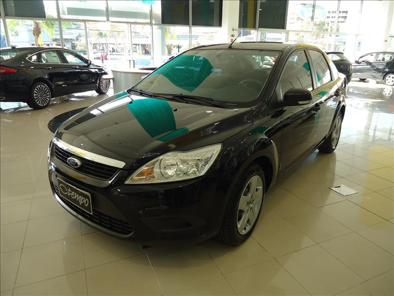 FORD FOCUS 1.6 GL Sedan 8V