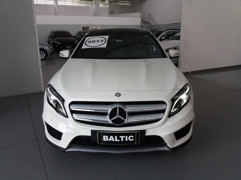 MERCEDES-BENZ GLA 250 2.0 16V Turbo Sport 4matic 2017/2017 Branco