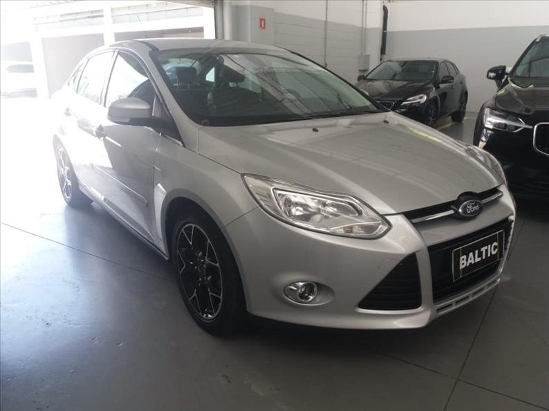 FORD FOCUS 2.0 SE Sedan 16V 2013/2014 Prata