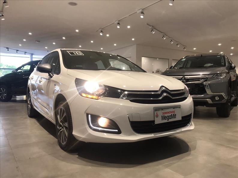 CITROËN C4 LOUNGE 1.6 THP Tendance Série S BVA 2017/2018 Branco