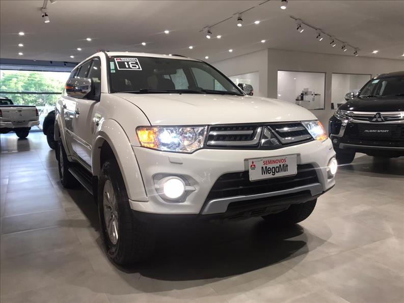 MITSUBISHI PAJERO DAKAR 3.5 HPE 7 Lugares 4X4 V6 24V 2015/2016 Branco
