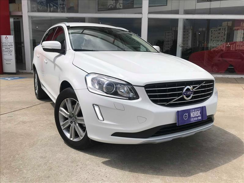 VOLVO XC60 2.4 D5 Kinetic AWD 2016/2017 Branco