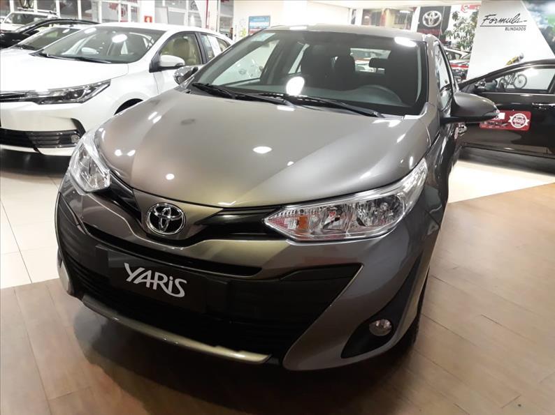 TOYOTA YARIS 1.5 16V Sedan XL Plus Tech Multidrive