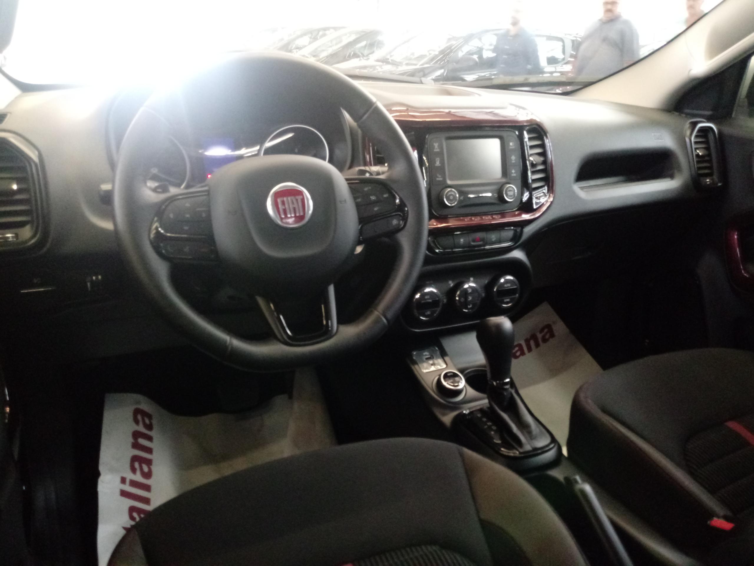 2.0 16V Turbo Freedom 4WD AT9