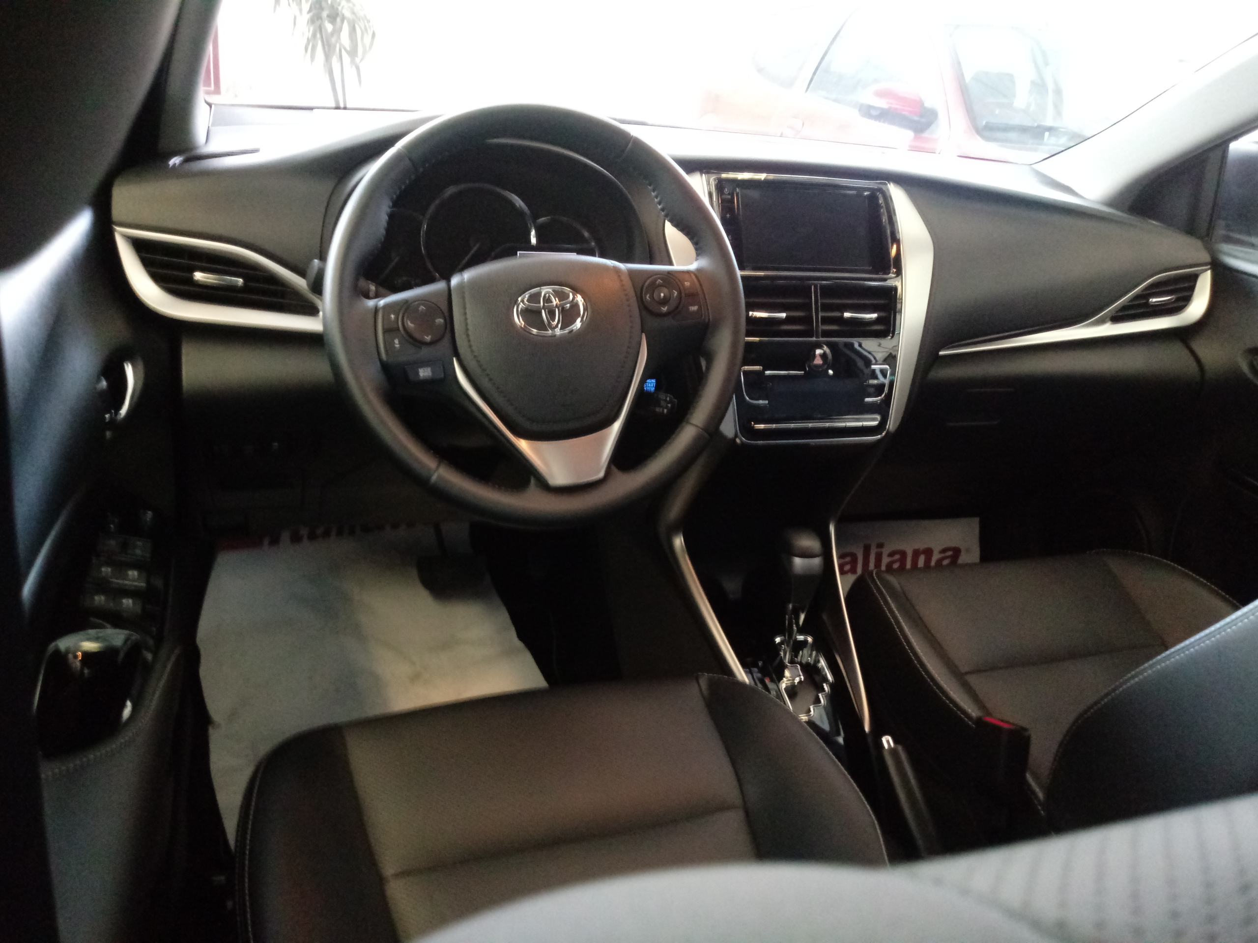 1.5 16V Sedan XLS