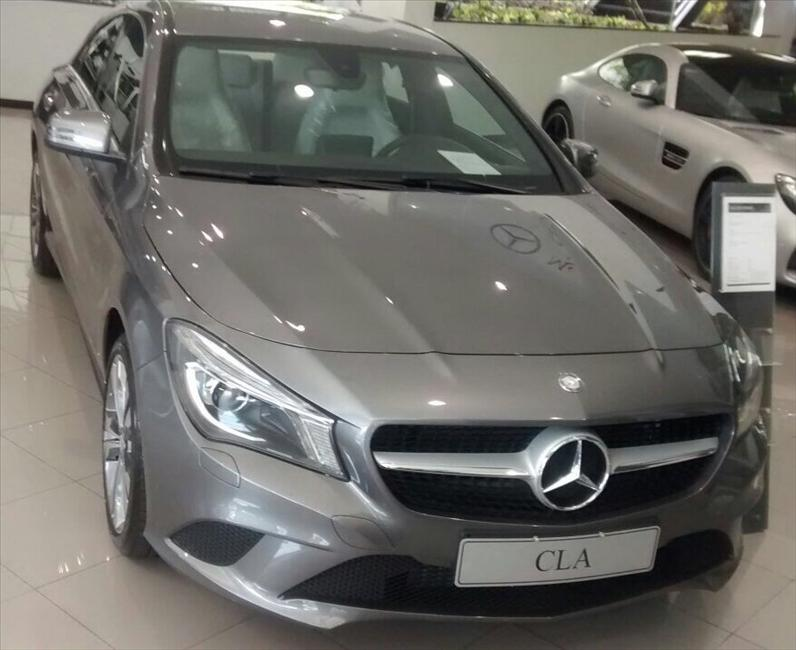 MERCEDES-BENZ CLA 200 1.6 Urban 16V 2016/2017
