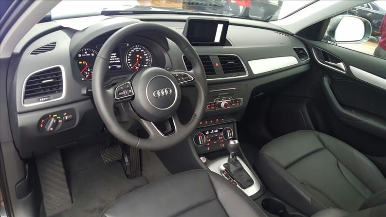 audi q3 1 4 tfsi ambiente plus s tronic 2017 2017 10 brasil multimarcas. Black Bedroom Furniture Sets. Home Design Ideas