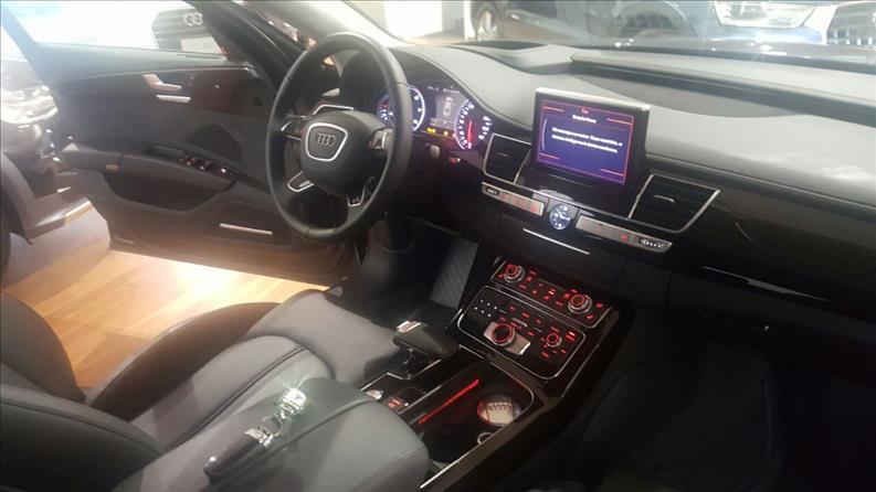 AUDI A8 4.0 TFSI V8 32V 2015/2016