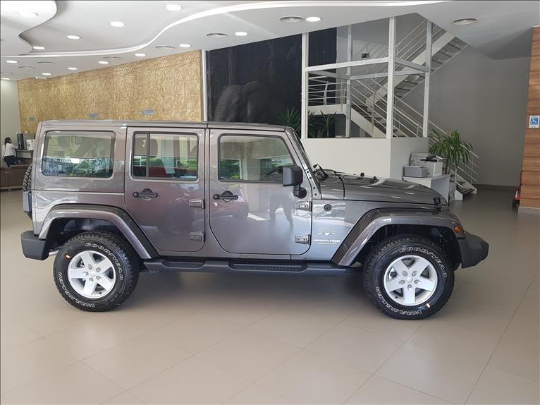 Jeep  WRANGLER   3.6 Unlimited Sahara 4X4 V6