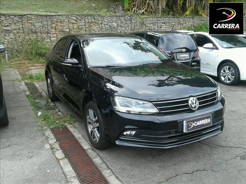 3540e1ea85fda Carros Volkswagen Jetta Usados   Carrera Acelera Veículos