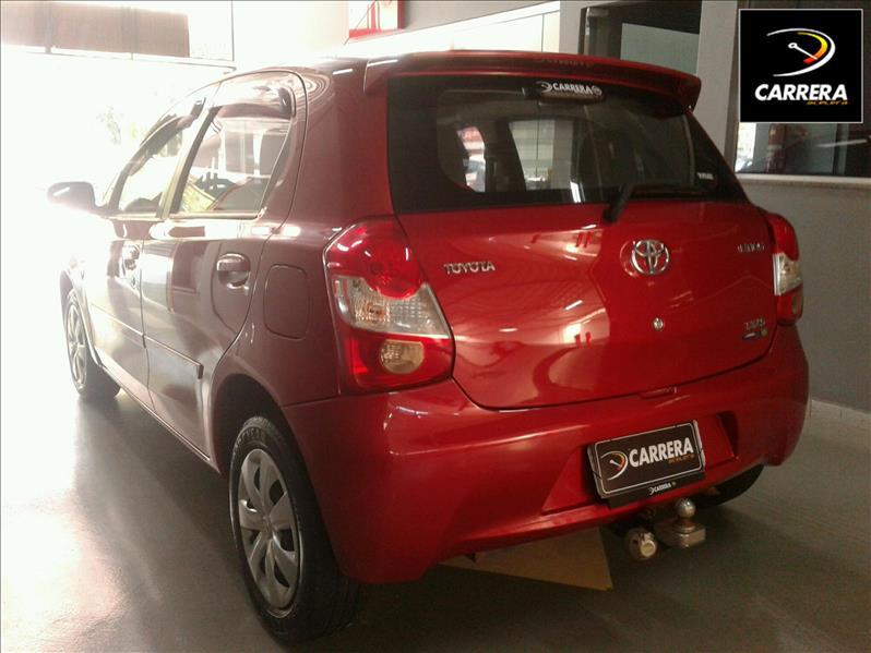 Toyota Etios 1.3 XS 16V
