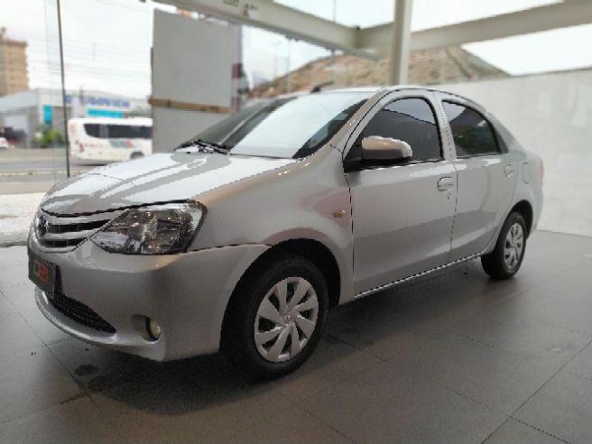 2017 Toyota ETIOS 1.5 X Sedan 16V