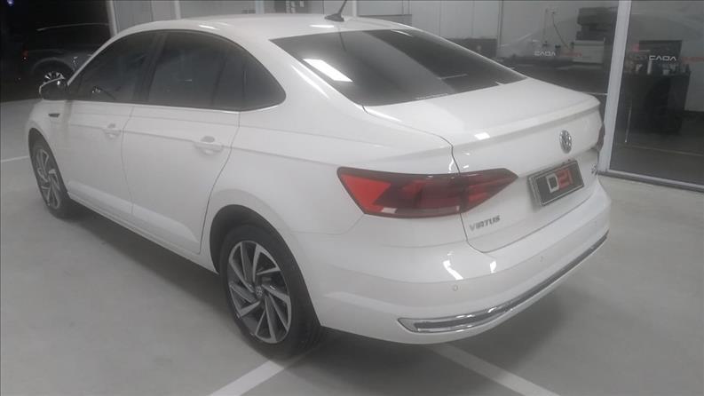 2018 Volkswagen VIRTUS 1.0 200 TSI Highline