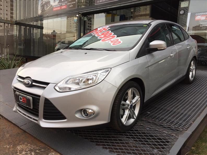 2014 Ford FOCUS 2.0 SE Sedan 16V