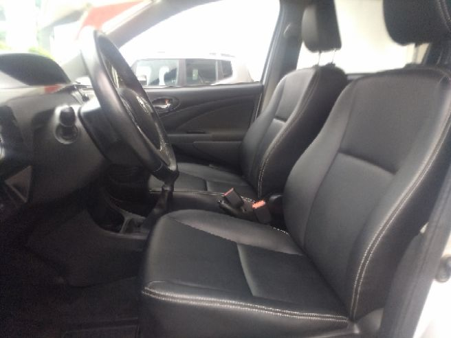 2015 Toyota ETIOS 1.5 XLS Sedan 16V