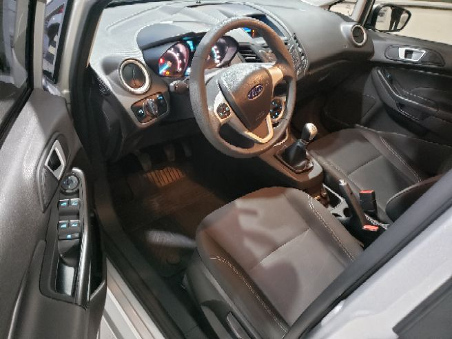 2017 Ford FIESTA 1.6 SEL Hatch 16V