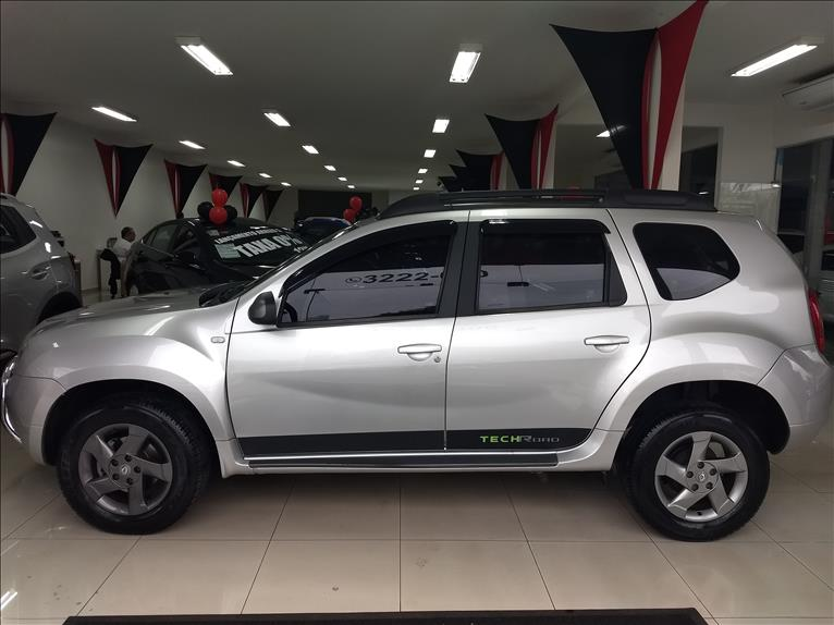 2015 Renault DUSTER 2.0 Tech Road II 4X2 16V