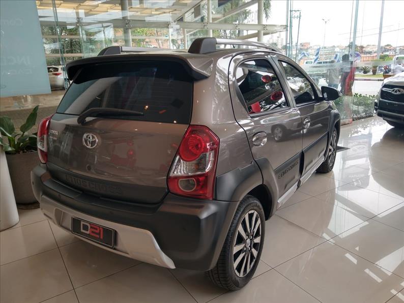 2018 Toyota ETIOS CROSS 1.5 16V