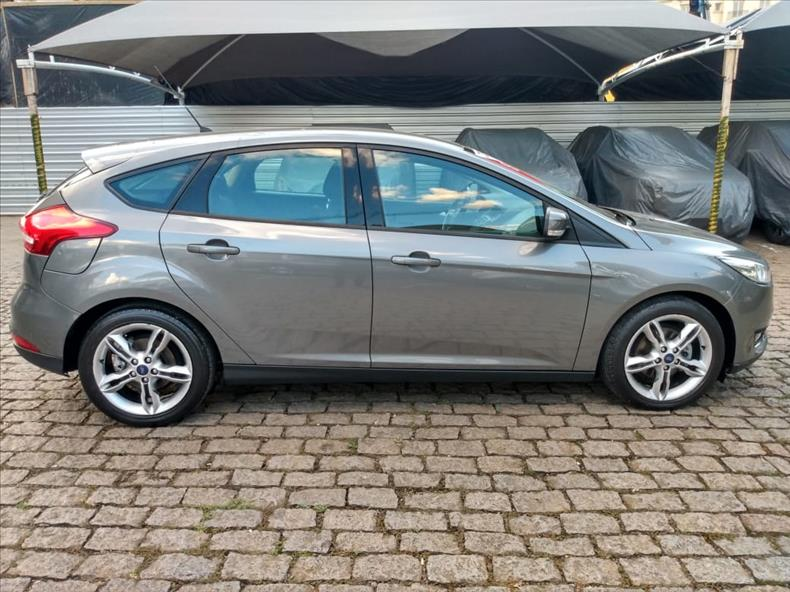 2018 Ford FOCUS 1.6 SE 16V