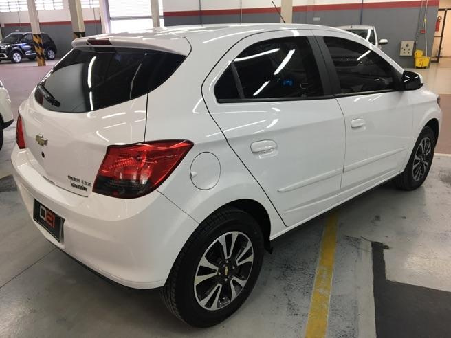 2015 Chevrolet ONIX 1.4 MPFI LTZ 8V