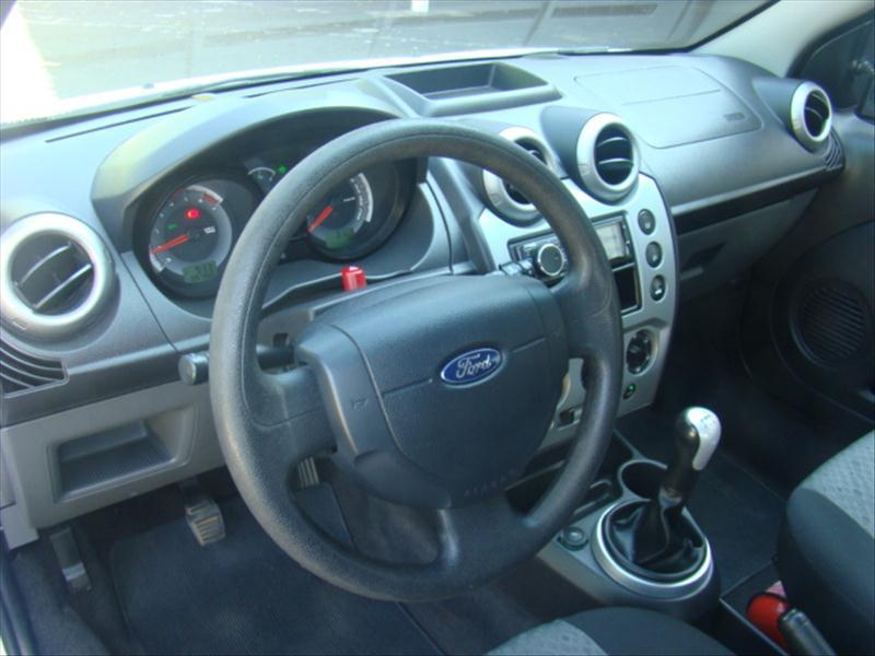 FORD  FIESTA   1.6 Rocam Hatch 8V