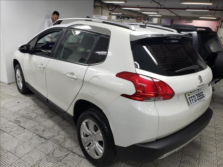 Peugeot  2008   1.6 16V Allure