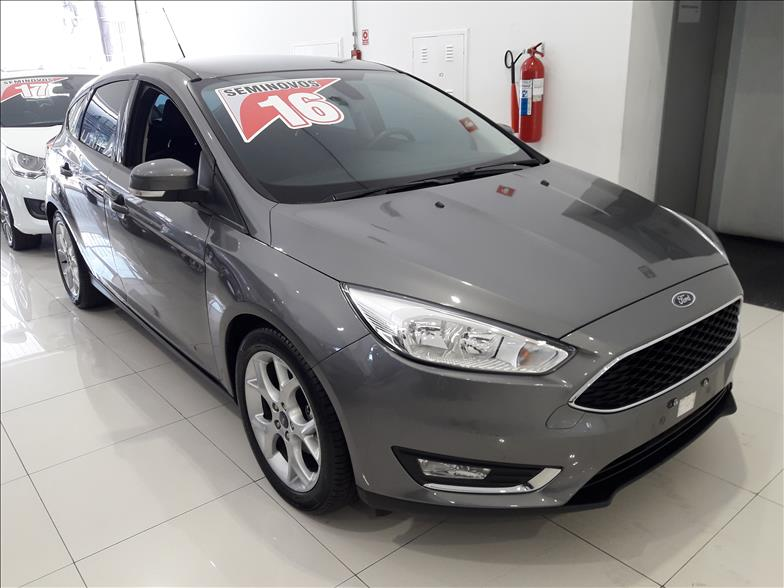 FORD-FOCUS-2.0-SE-Plus-16V