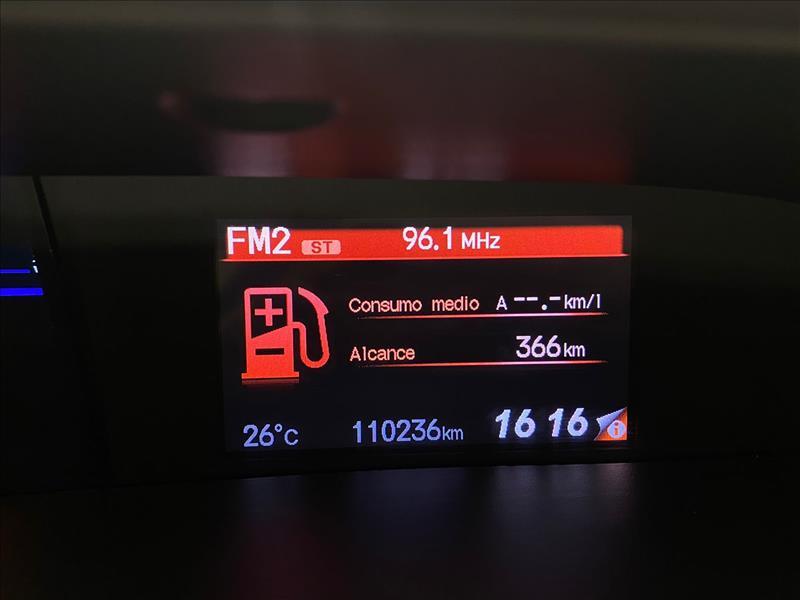 CIVIC   2.0 LXR 16V  -      2014/2015   110000 km -      Flex   Cinza
