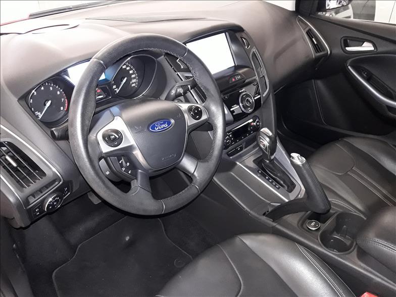FOCUS   2.0 Titanium Sedan 16V  -      2014/2015 | 69973 km -      Flex | Prata