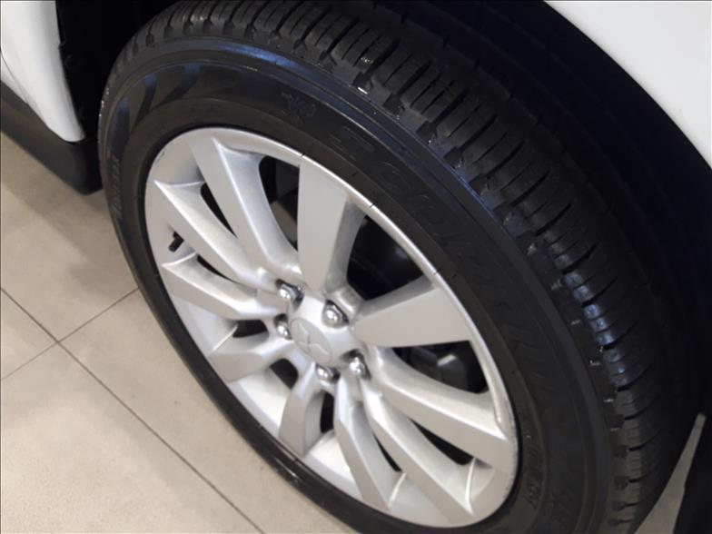 ASX   2.0 4X4 AWD 16V  -      2016/2017 | 26694 km -      Gasolina | Branco