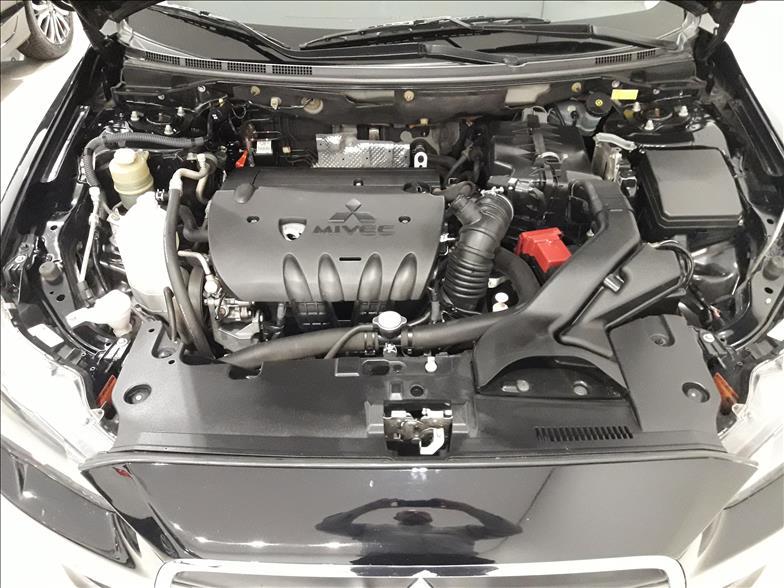 LANCER   2.0 GT AWD Sedan 16V  -      2013/2014 | 82500 km -      Gasolina | Preto