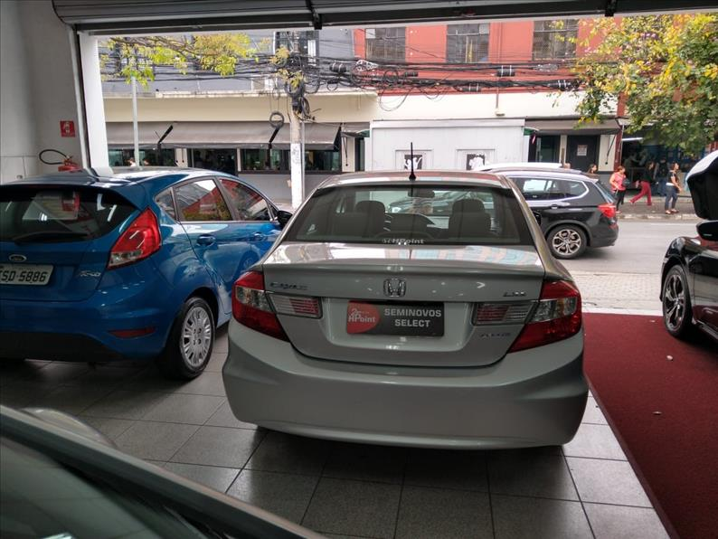 CIVIC   1.8 LXS 16V  -      									2014/2015 | 77022 km -      									Flex | Prata