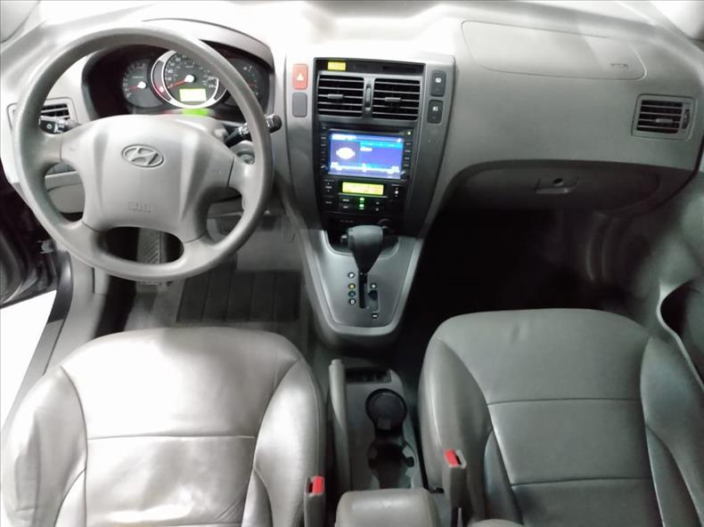 TUCSON   2.0 MPFI GLS 16V 143cv 2WD  -      2014/2015   70882 km -      Flex   Cinza