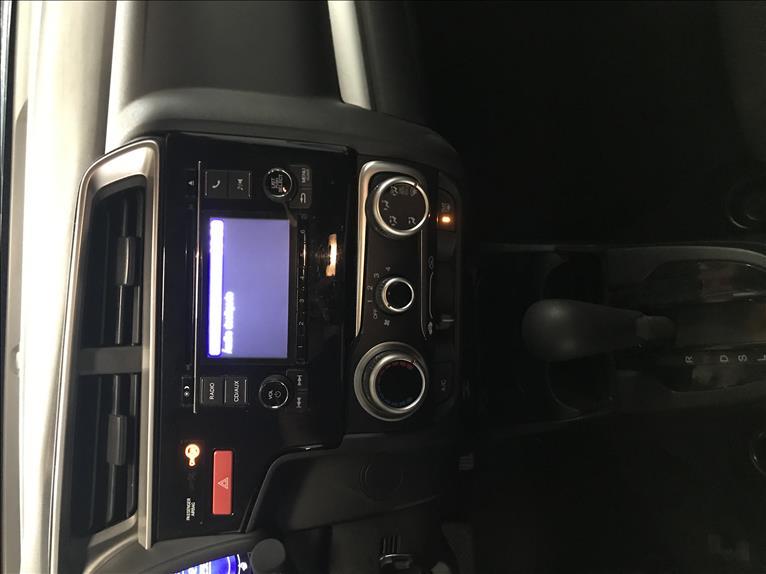 WR-V   1.5 16vone EX  -      2018/2018   42574 km -      Flex   Vermelho